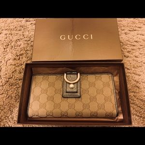 Gucci New Abbey Long Wallet Canvas 203887